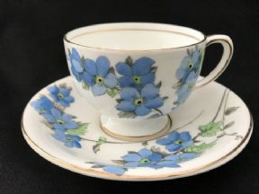 Radfordian ribbons & roses tea trio